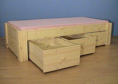 1-p.bed JEANNET 3 laden met houtknop